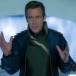 Хью Лори станет капитаном космического корабля в комедии HBO «5 авеню»