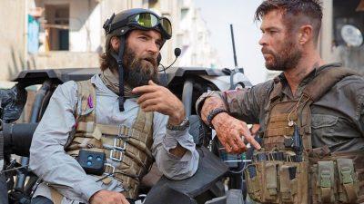 Режиссёр «Эвакуации» с Крисом Хемсвортом приложил руку к экшену «Мандалорца»