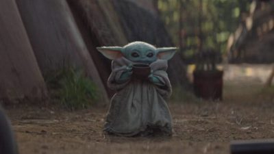 Режиссёр «Мандалорца» объясняет, как появилась ставшая мемом сцена с Малышом Йодой и чашкой супа